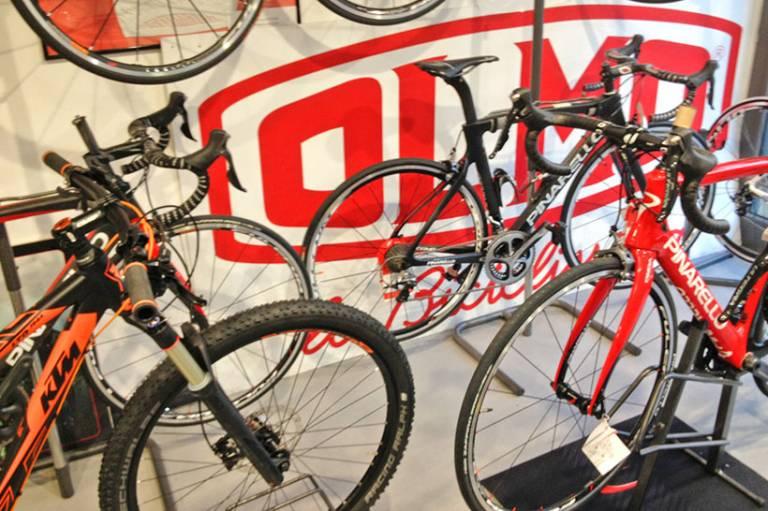 Negozio Olmo la Biciclissima, bici, accessori, usato e servizi a Genova